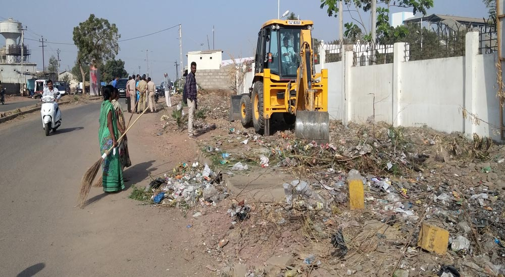 A cleanliness campaign undertaken by the administration and organization